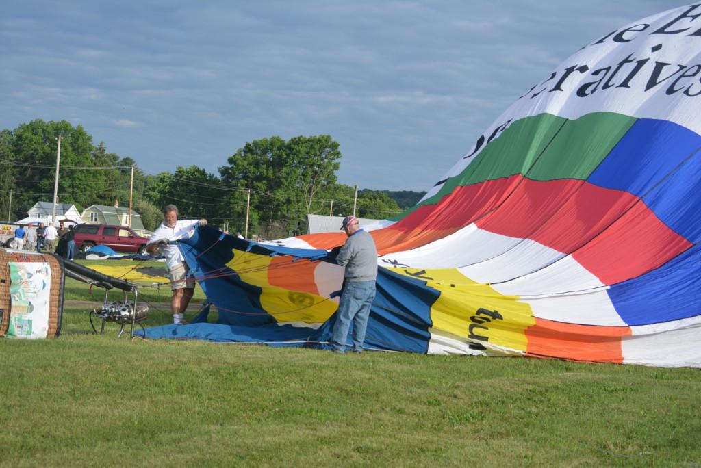 Tethered balloon rides10