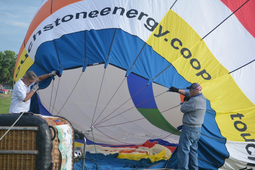 Tethered balloon rides12