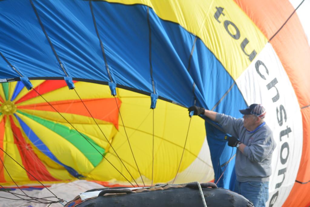 Tethered balloon rides15