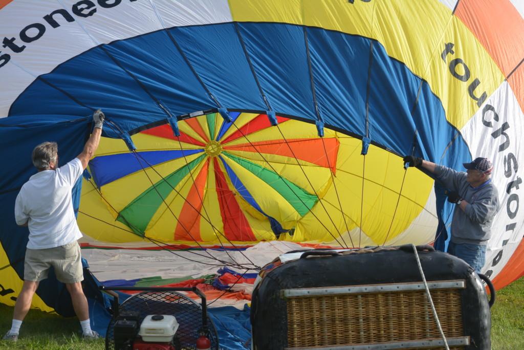 Tethered balloon rides16