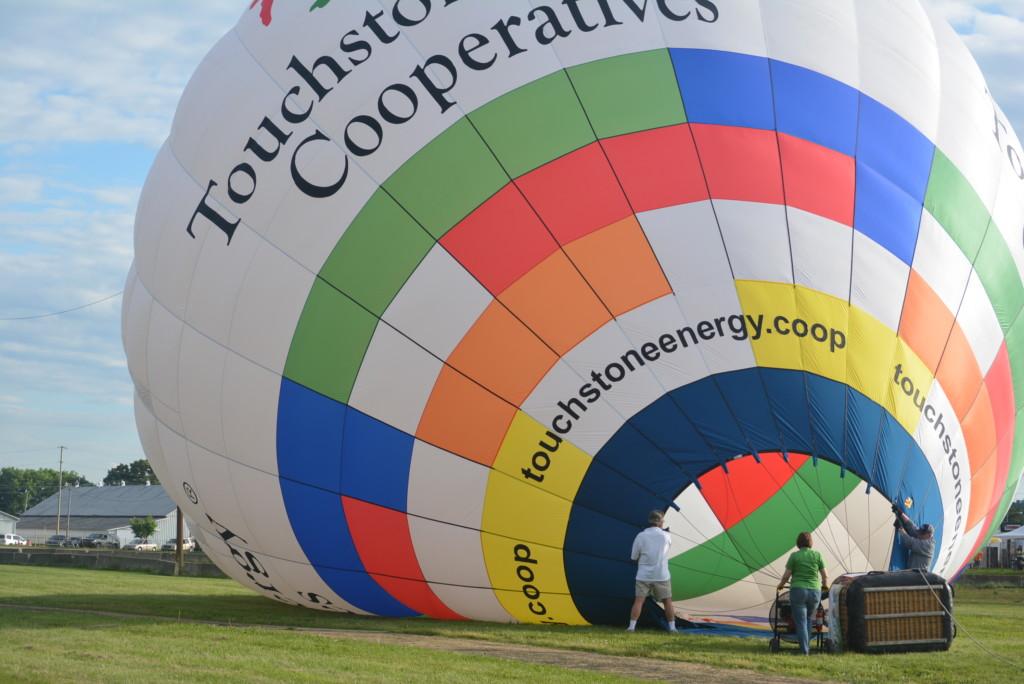 Tethered balloon rides19