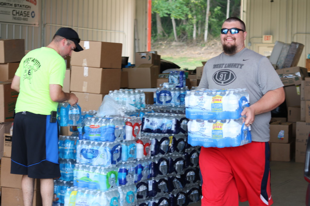 W.Va. donation volunteers05
