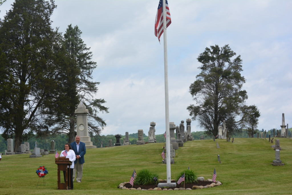 Waggoner Cemetery 042