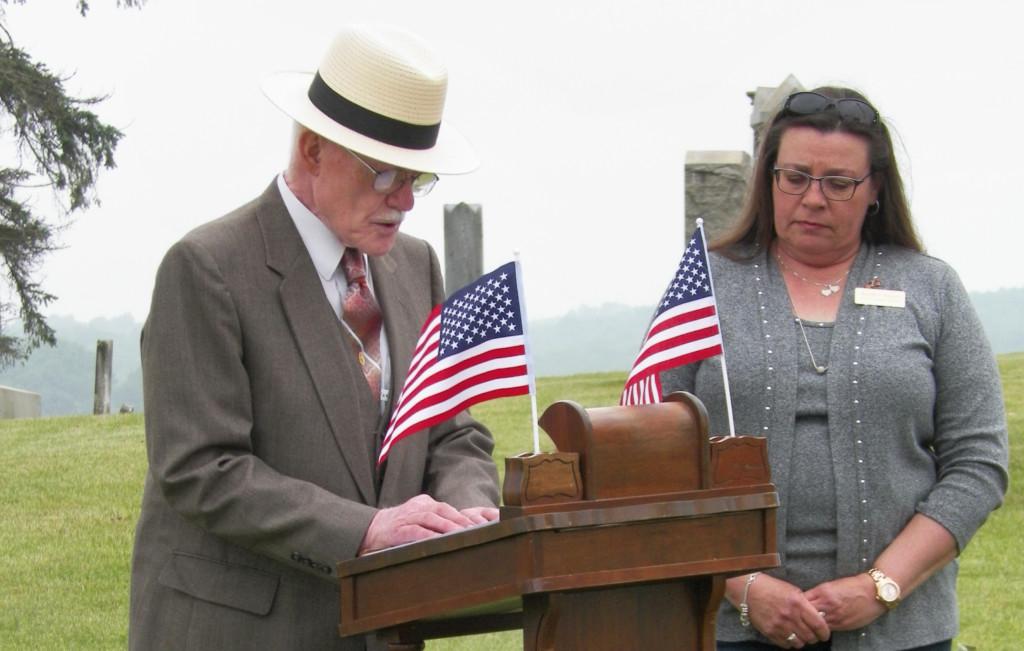 Waggoner Cemetery Memorial Service 02
