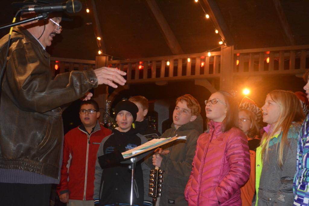 Warsaw Candlelighting06