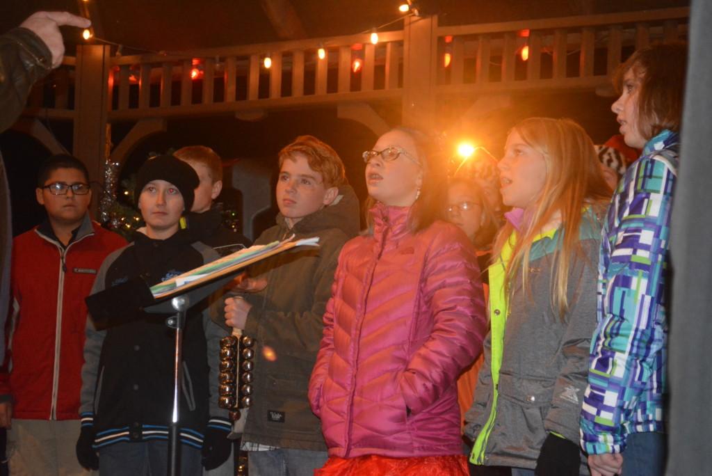 Warsaw Candlelighting08