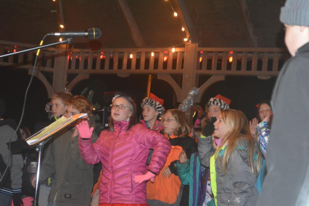 Warsaw Candlelighting25