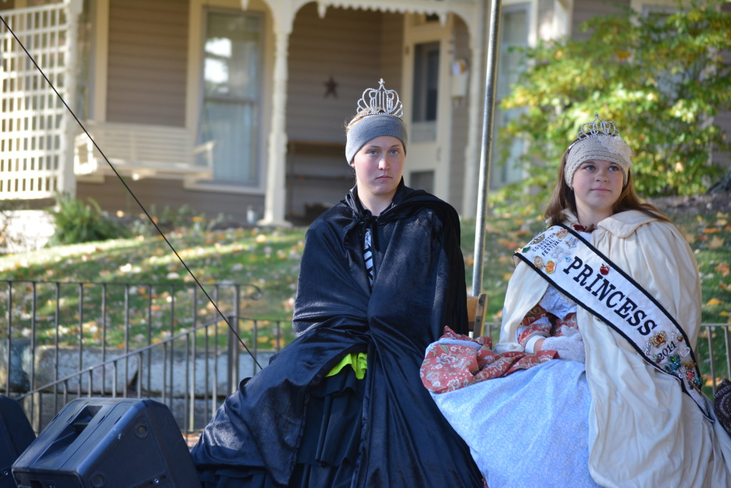 apple butter and queens28