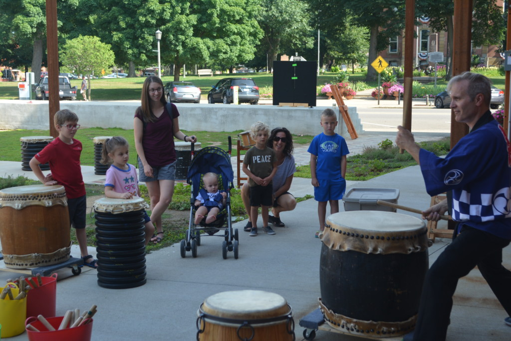 drumming in the park04