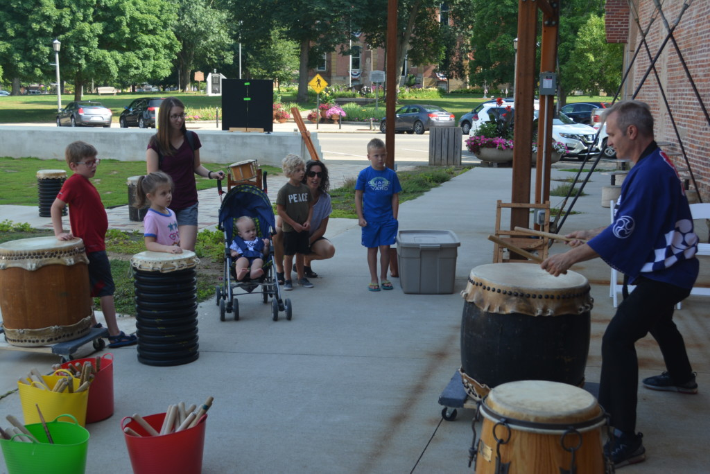drumming in the park05