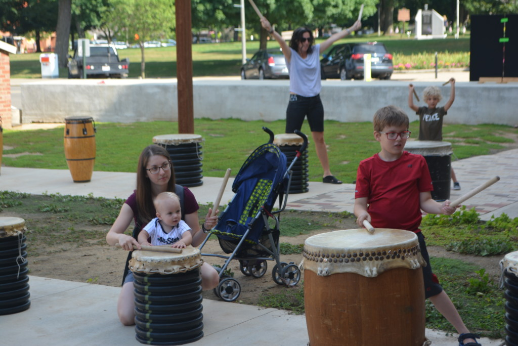 drumming in the park06