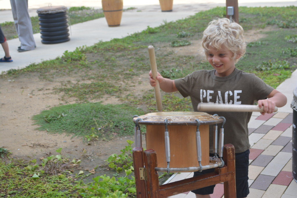 drumming in the park09