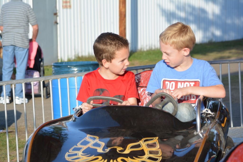 kiddie land at the fair06