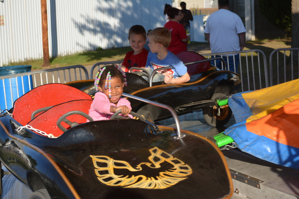 kiddie land at the fair08