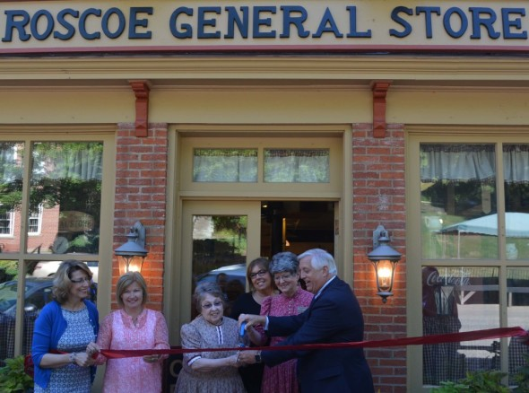 Roscoe General Store in Roscoe Village had a ribbon cutting ceremony on Thursday, June 30. The store reopened on May 6 after being closed for a few weeks for renovations.