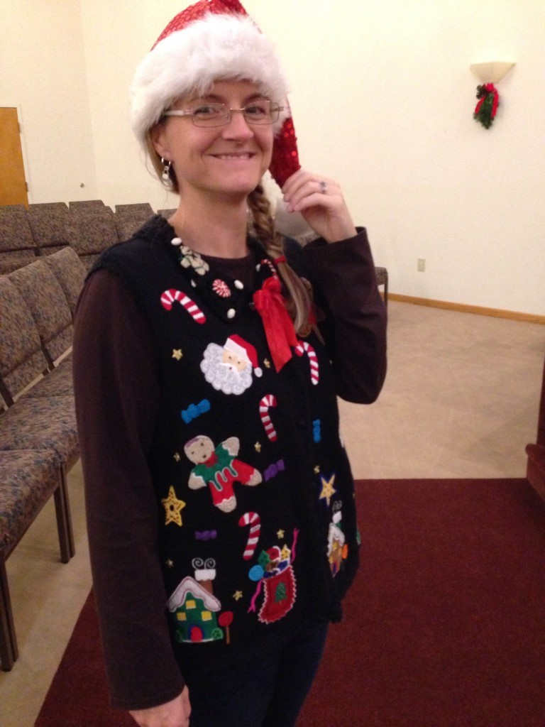 ugly sweater party02