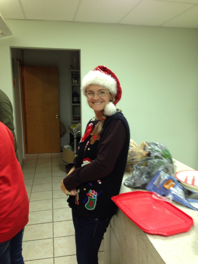 ugly sweater party05
